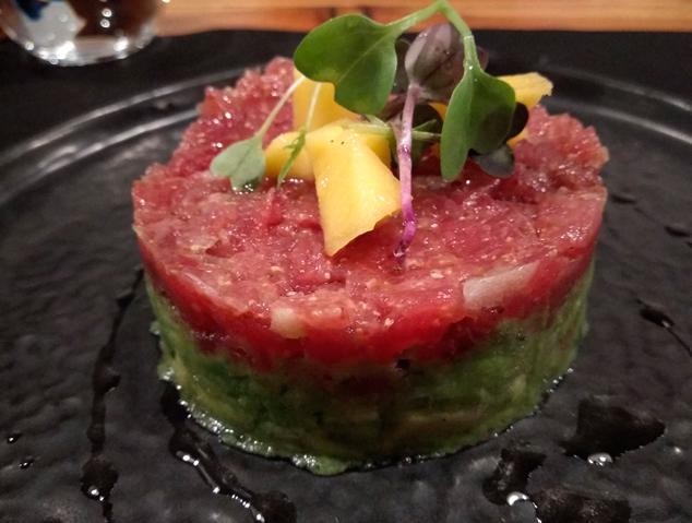 Tàrtar de tonyina del restaurant Dos Cuiners de Mataró