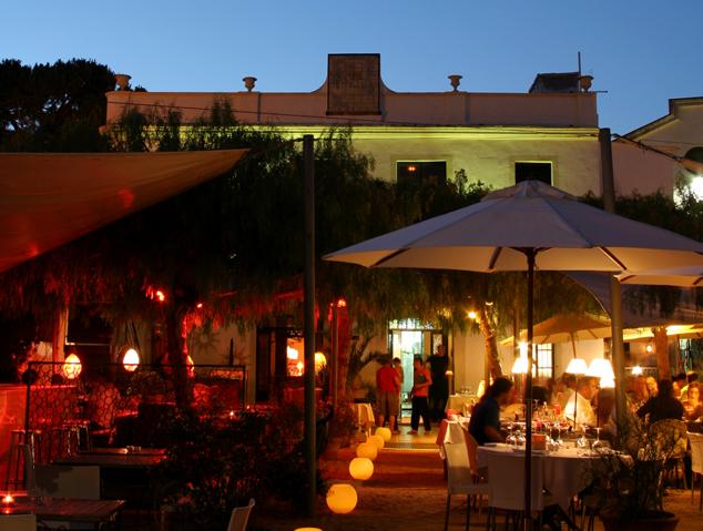 Exterior del restaurant Can Rin de Cabrils