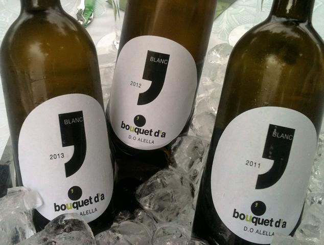 Tres ampolles de vi del celler Bouquet d'Alella