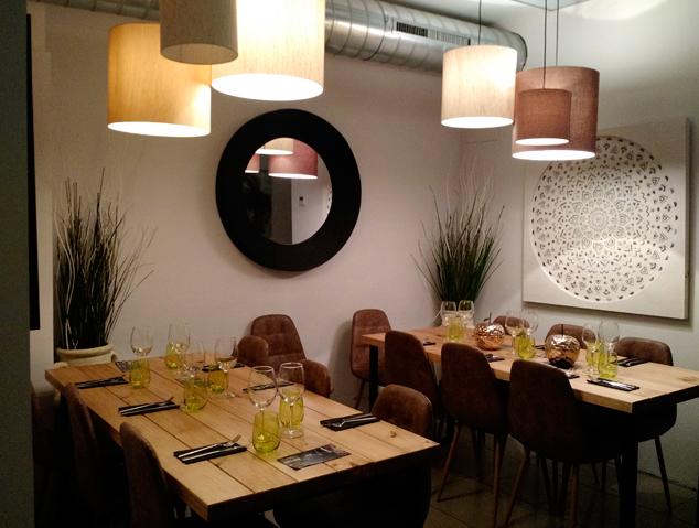 Interior del restaurant SUKA de Mataró