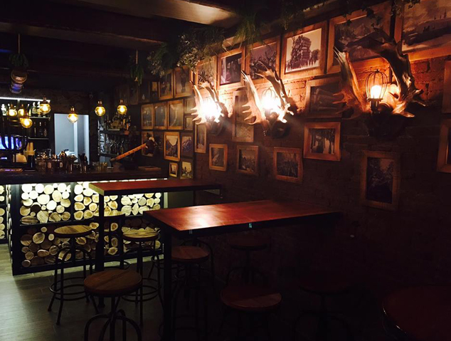 Interior del restaurant Lumber de Mataró