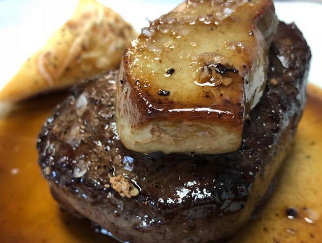 Fliet de vedella amb foie del restaurant Xeflis de Cabrils