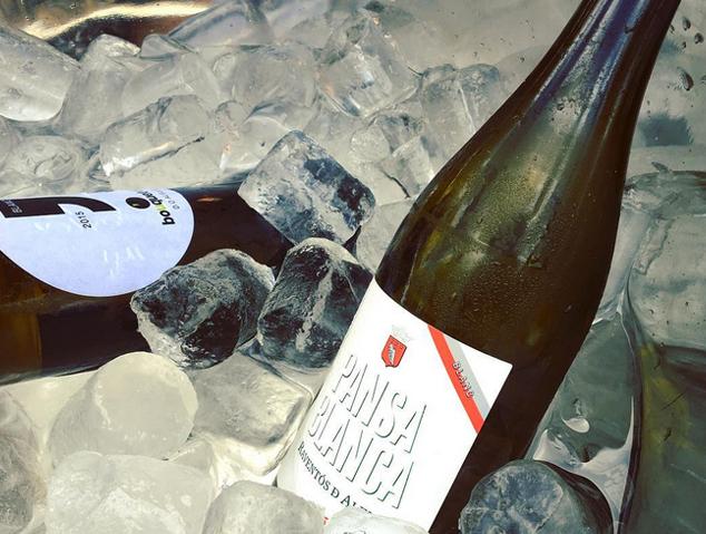 Una ampolla de vi DO Alella
