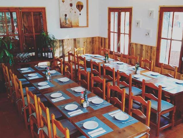 Interior del restaurant Tarannà al Parc Forestal de Mataró