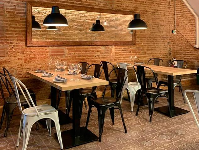 Interior del renovat restaurant Meraki17 de Mataró