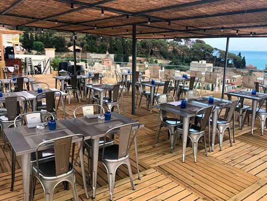 Exterior del restaurant Dynamic de Caldes d'Estrac