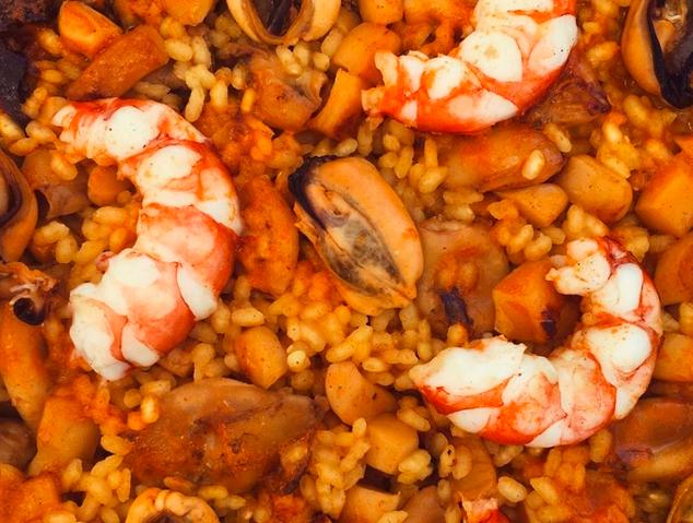 Paella de Peix - El Xiringuitu (Mataró)
