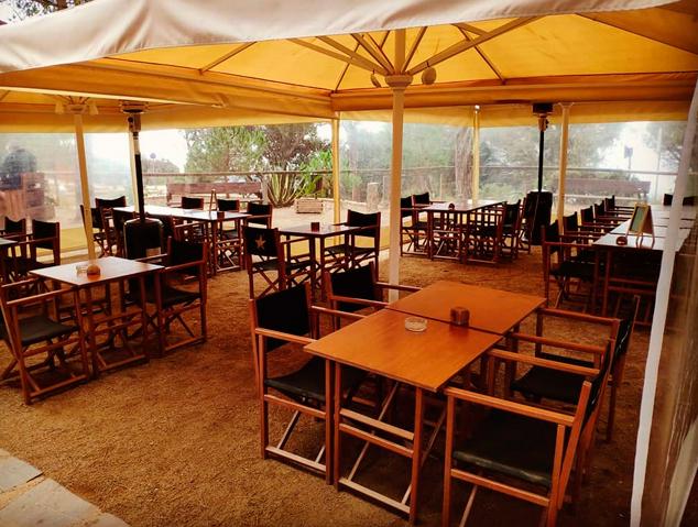 Pergola del restaurant Tarannà del Parc Forestal de Mataró