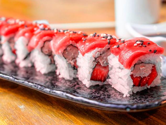 Un plat de sushi del restaurant Romo Taverna Japonesa de Mataró