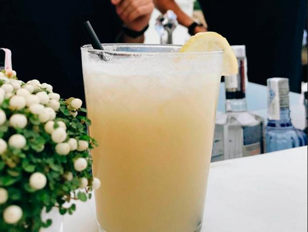Una copa del Xiringuitu de Mataró