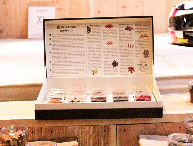 Una caixa d'espècies de Gintonic