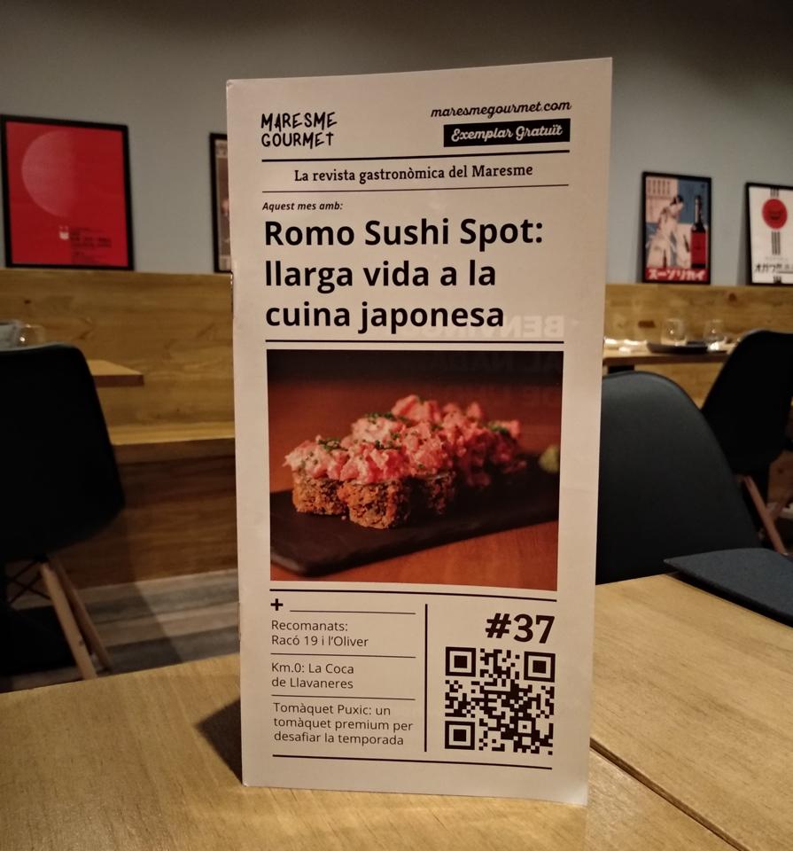 Edició #37 de la revista Maresme Gourmet amb el restaurant Romo Sushi Spot de Mataró en portada