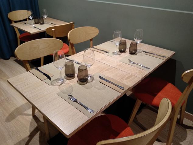 Menjador interior del restaurant Eume d'Arrels Senzilles de Mataró