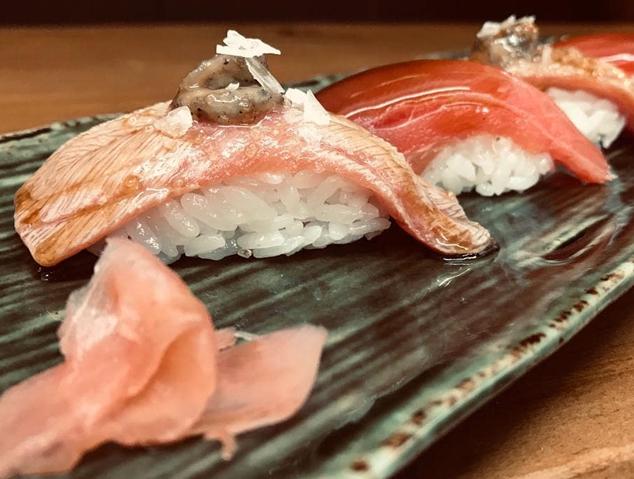 Uns niguiris del restaurant Romo Sushi Spot