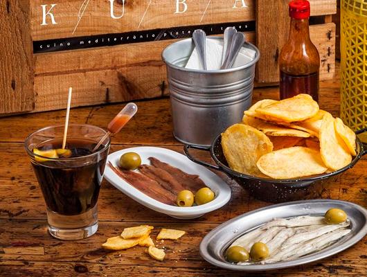 Un vermut del Kuba Tapes i Platets de Mataró