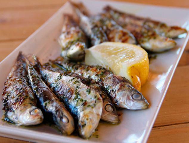 Un plat de sardines del Emporium Lounge de Montgat
