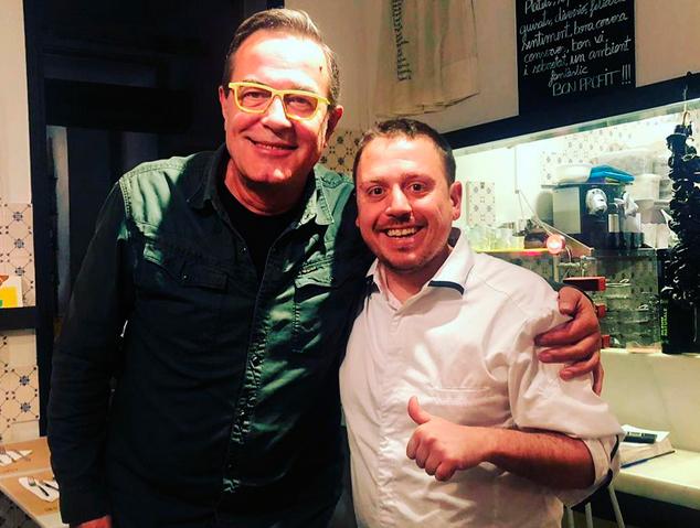 En Ramon Portet de la @GuiaRamonin amb en Pere Patuel, el xef del restaurant la Marineta de Mataró