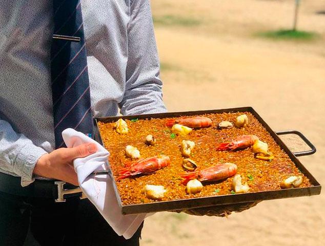 Una paella del restaurant El Portinyol a Arenys de Mar