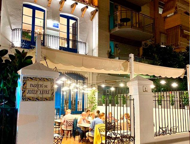 Terrassa del restaurant Blau de Mar de Arenys de Mar
