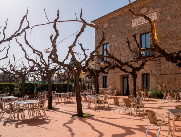 Terrassa del restaurant Sant Jaume de Premià de Dalt