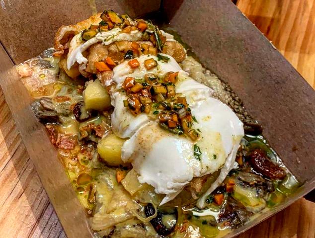Un plat per emportar del restaurant Suka de Mataró