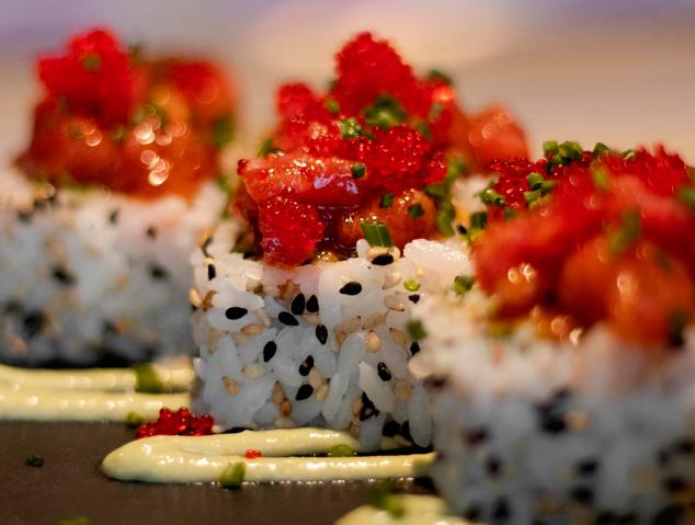 Un plat de sushi del resturant Yume Sushi Oysters