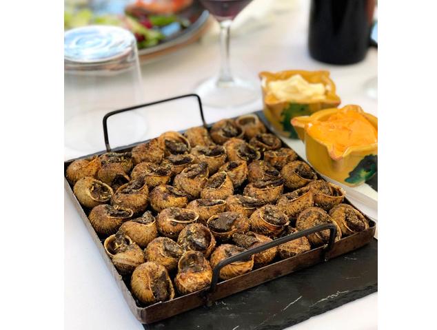 Un plat de cargols del restaurant Sant Jaume de Premià de Dalt
