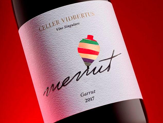 Menut de Vidbertus, un dels millors vins negres catalans